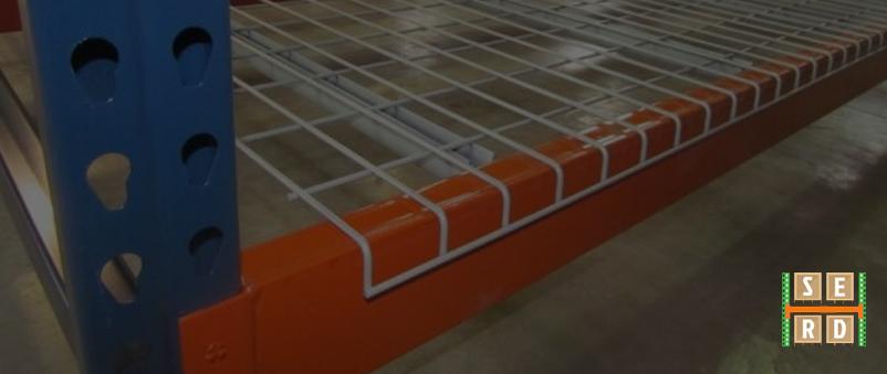 wire-decks-teardrop-uprights